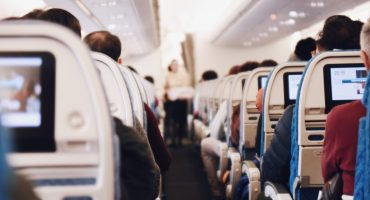 Eat healthy on flights