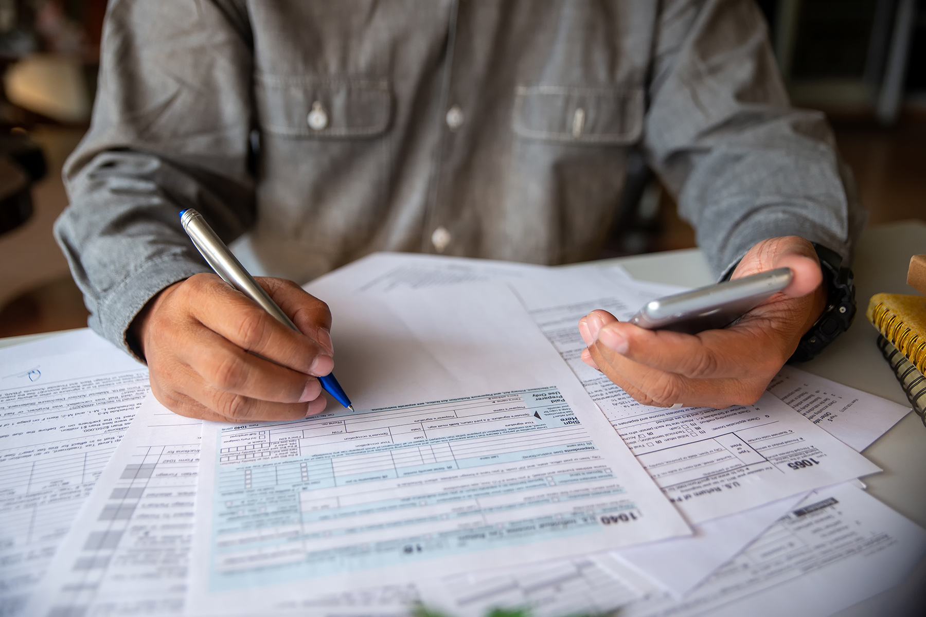 Filling in US tax forms