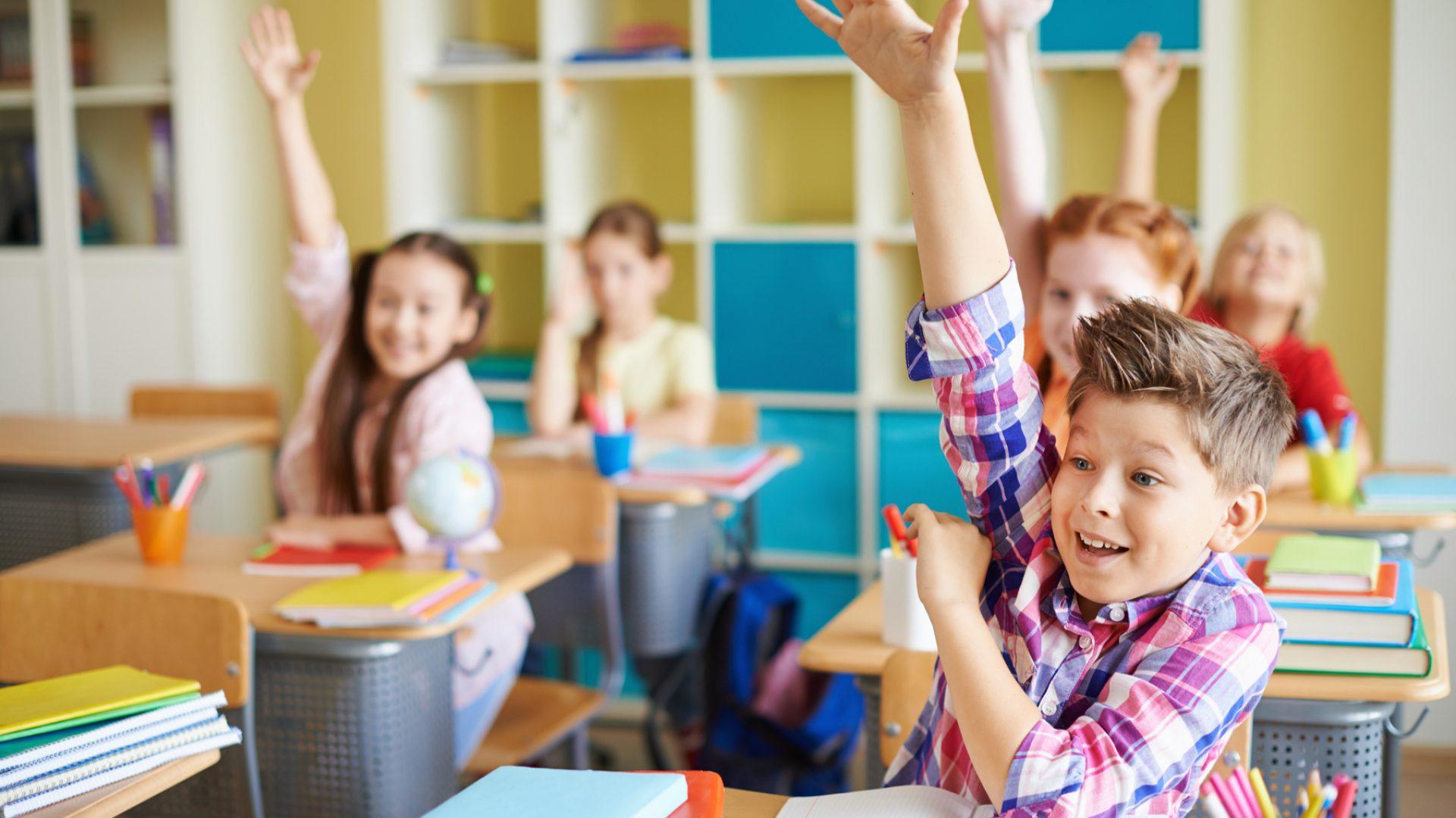 How to address a teacher around the world