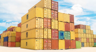 Moving abroad with an overseas shipping company