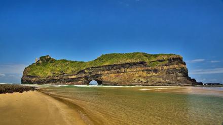 Hole in the Wall hiking trail in Eastern Cape,ZA