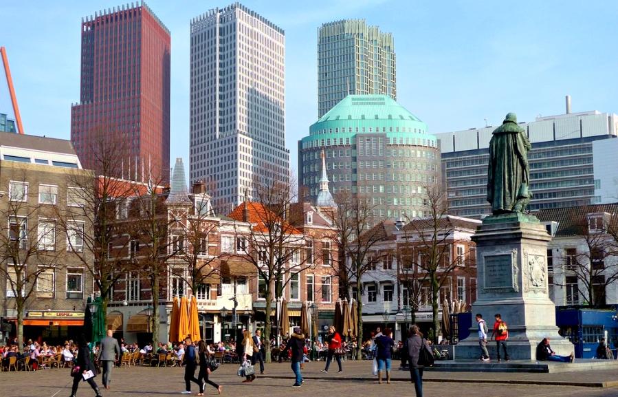 Living in Den Haag