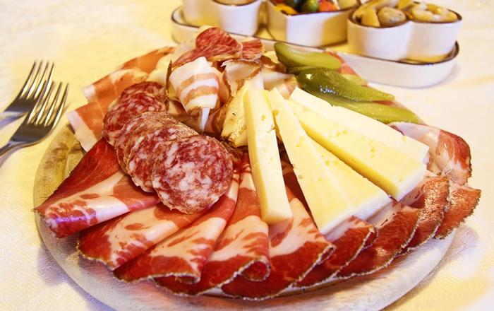 The Swiss diet schedule: Swiss dinner Znacht