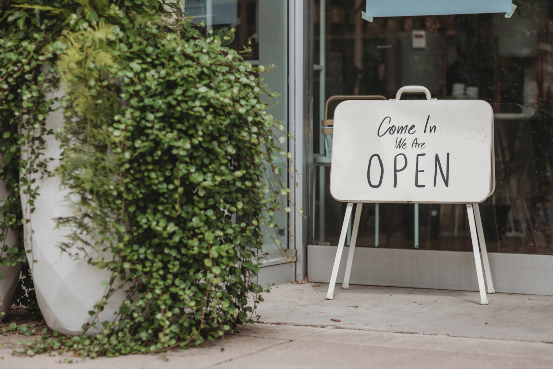 Small business open again