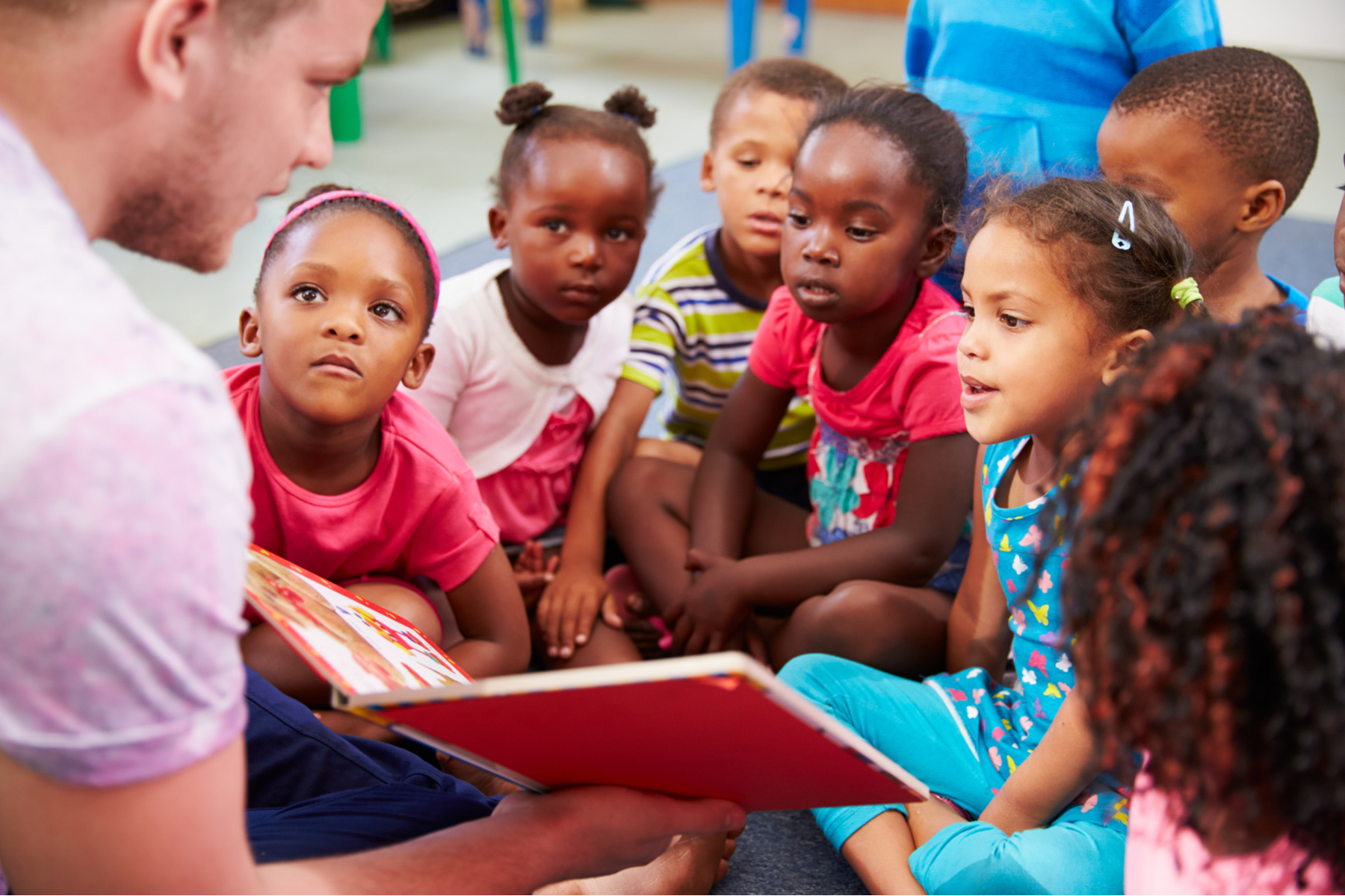 Teaching reading to young students in South Africa