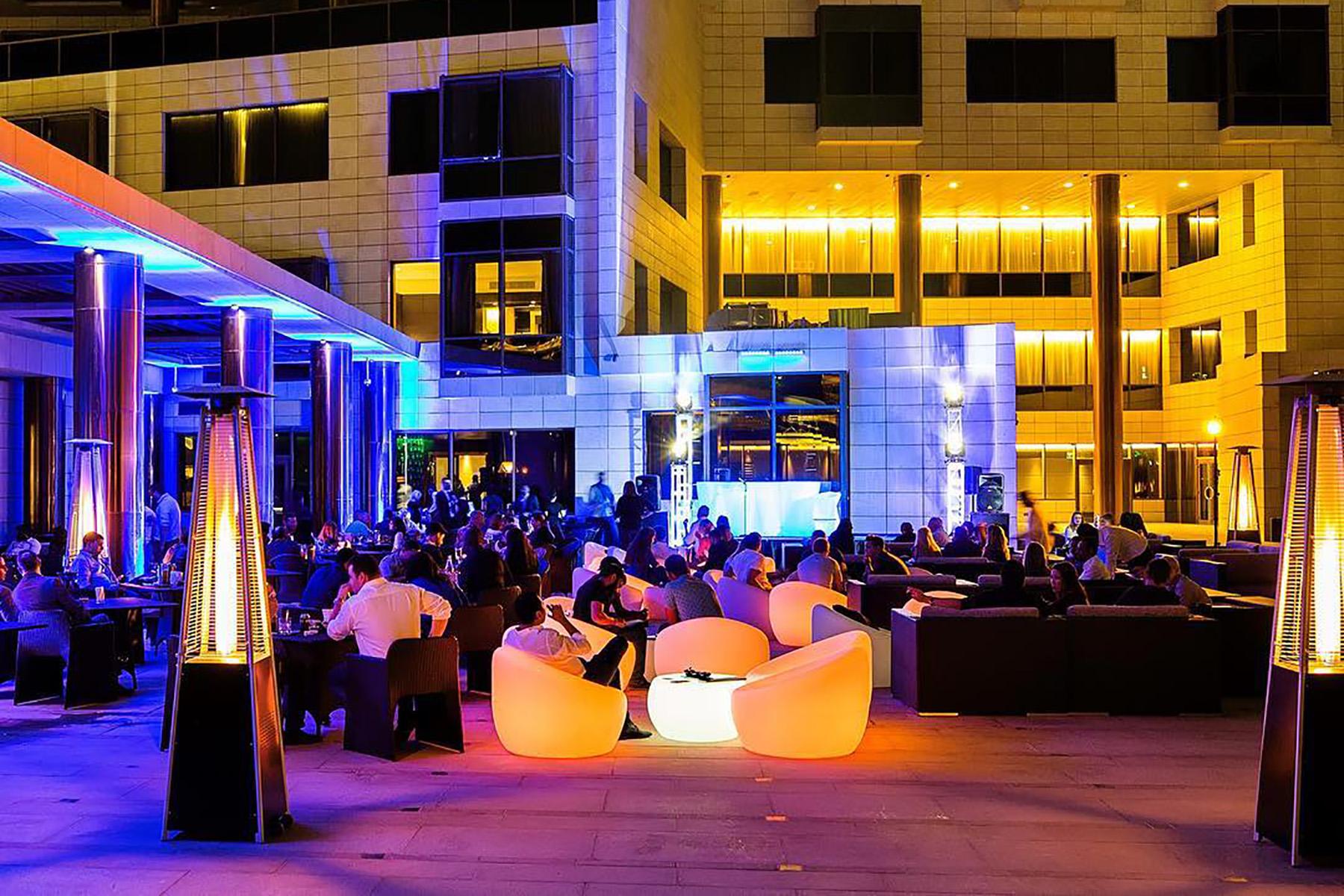 Mix Bar at The Westin Doha Hotel & Spa