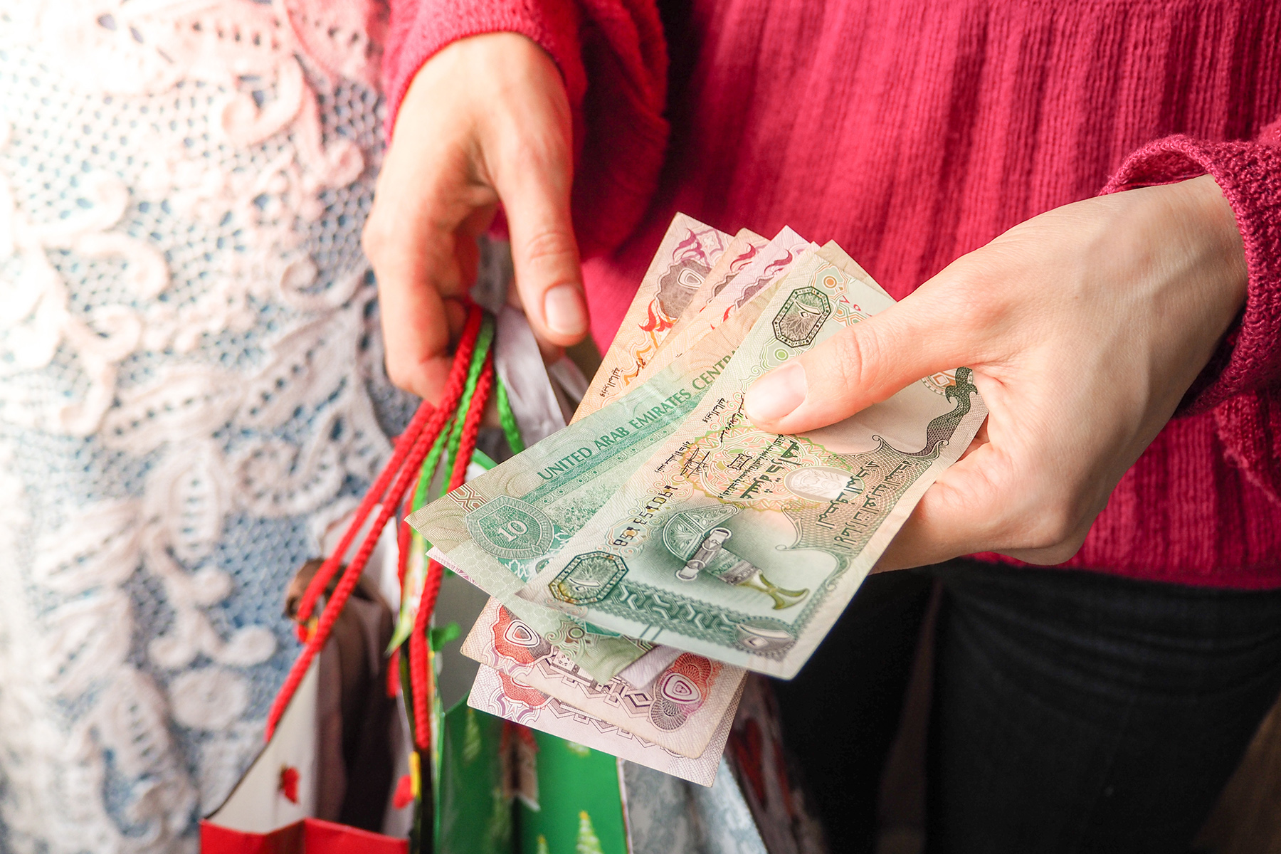 Paying with UAE dirhams