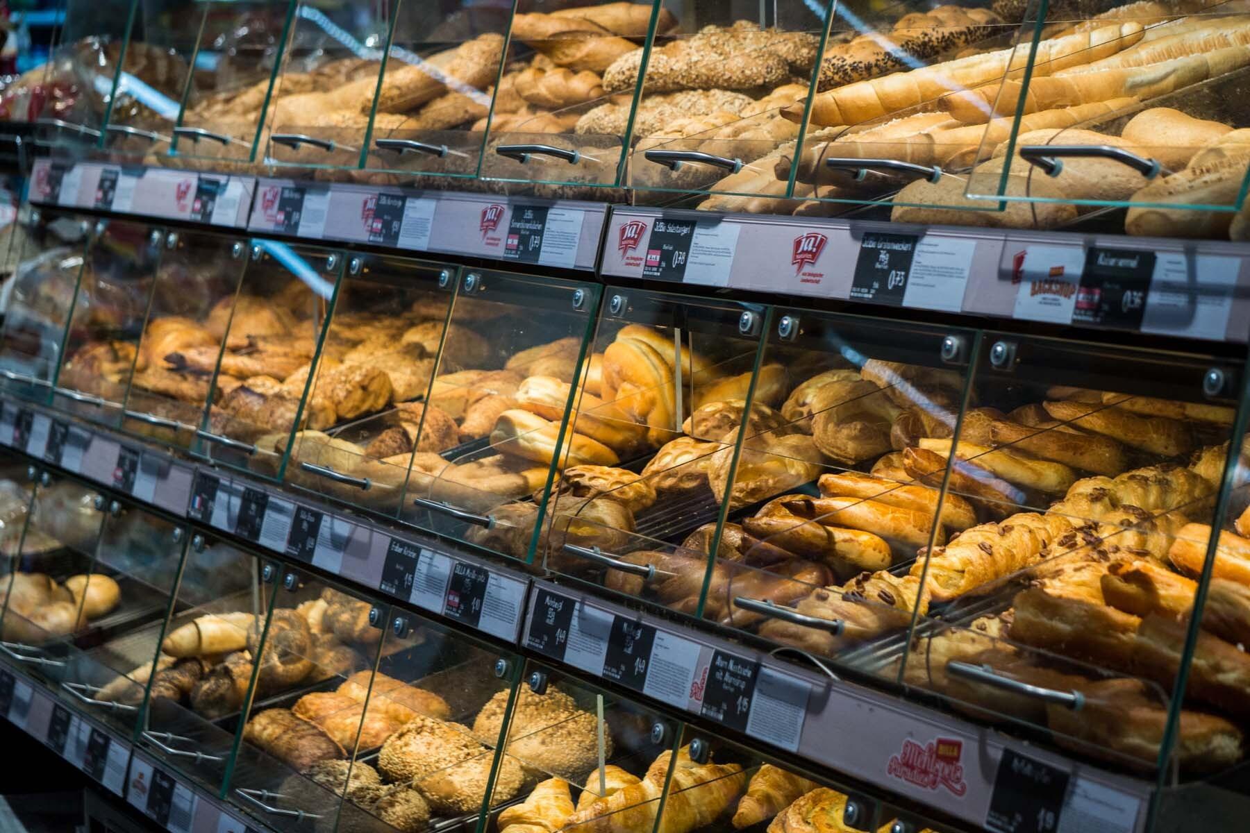 supermarket austria bakery