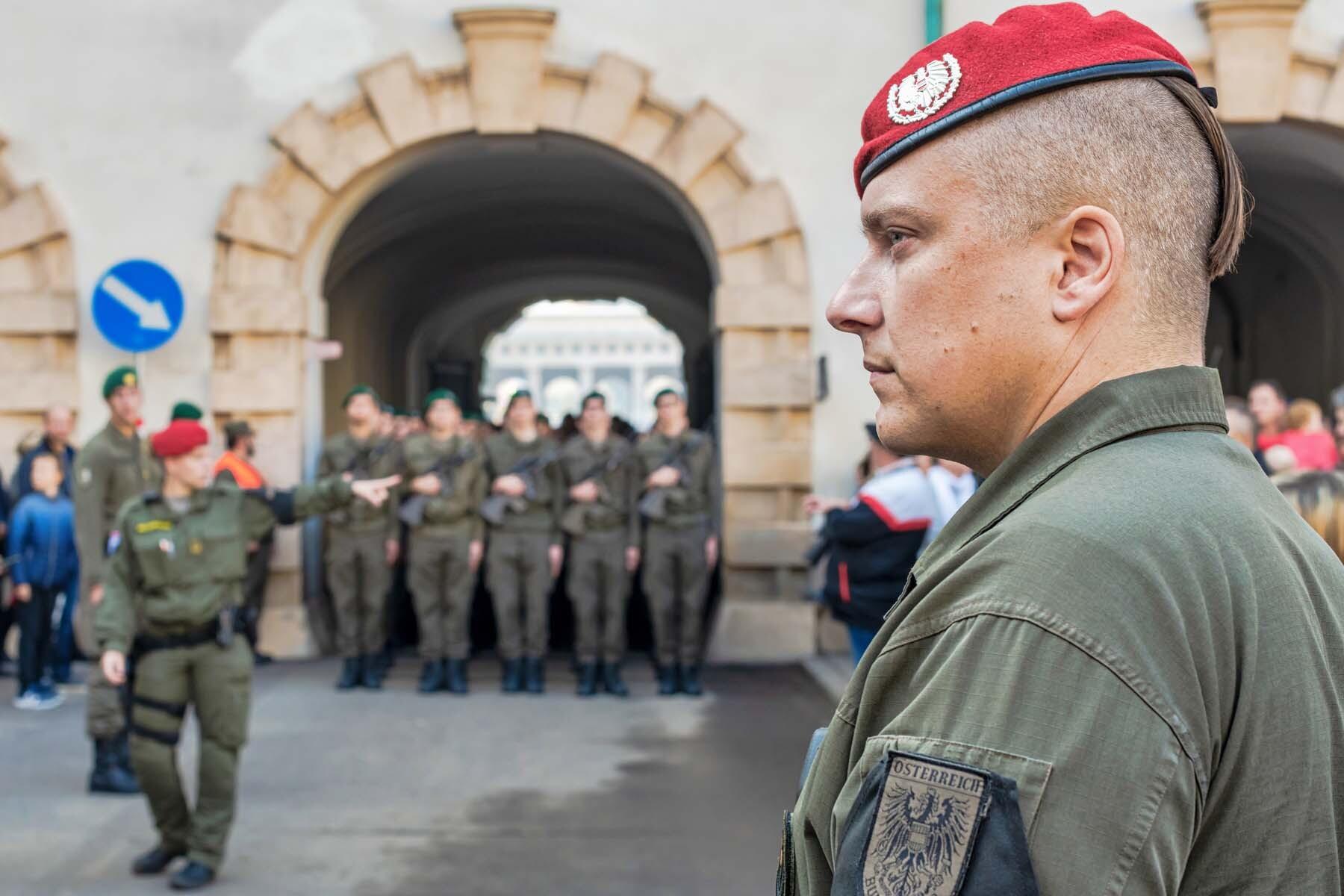 military parade vienna