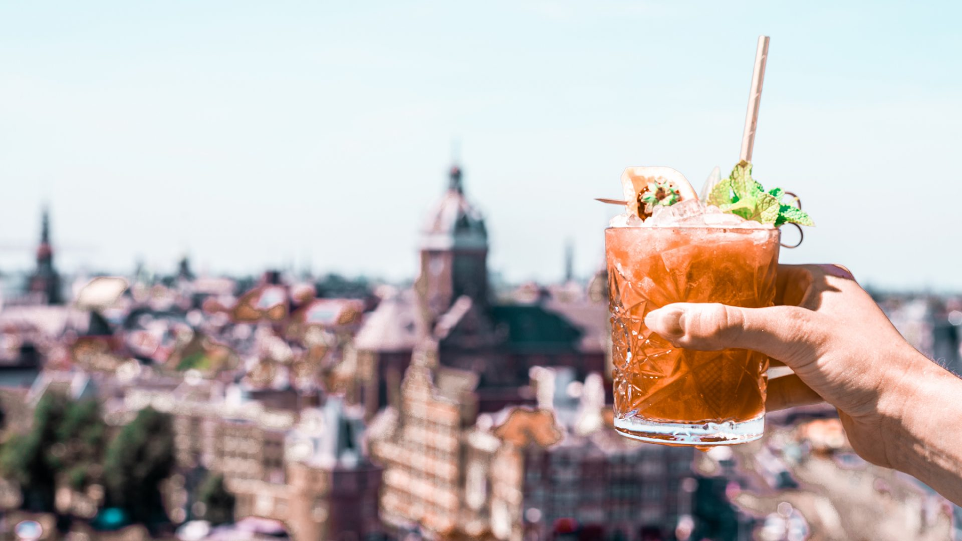 10 hidden gem cocktail bars in Amsterdam | Expatica