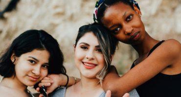 3 women friends