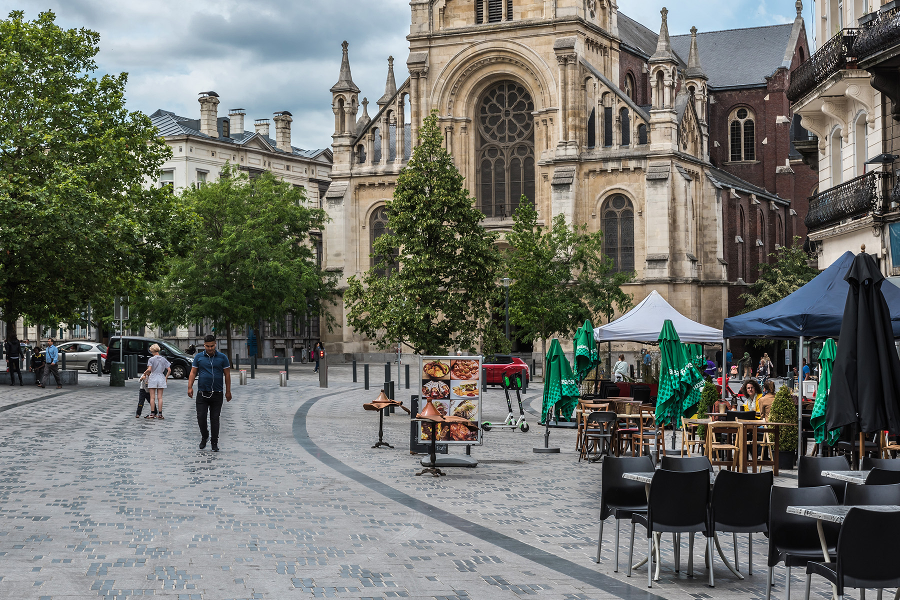Saint-Gilles is home to Parvis, one of the most lively squares in Brussels