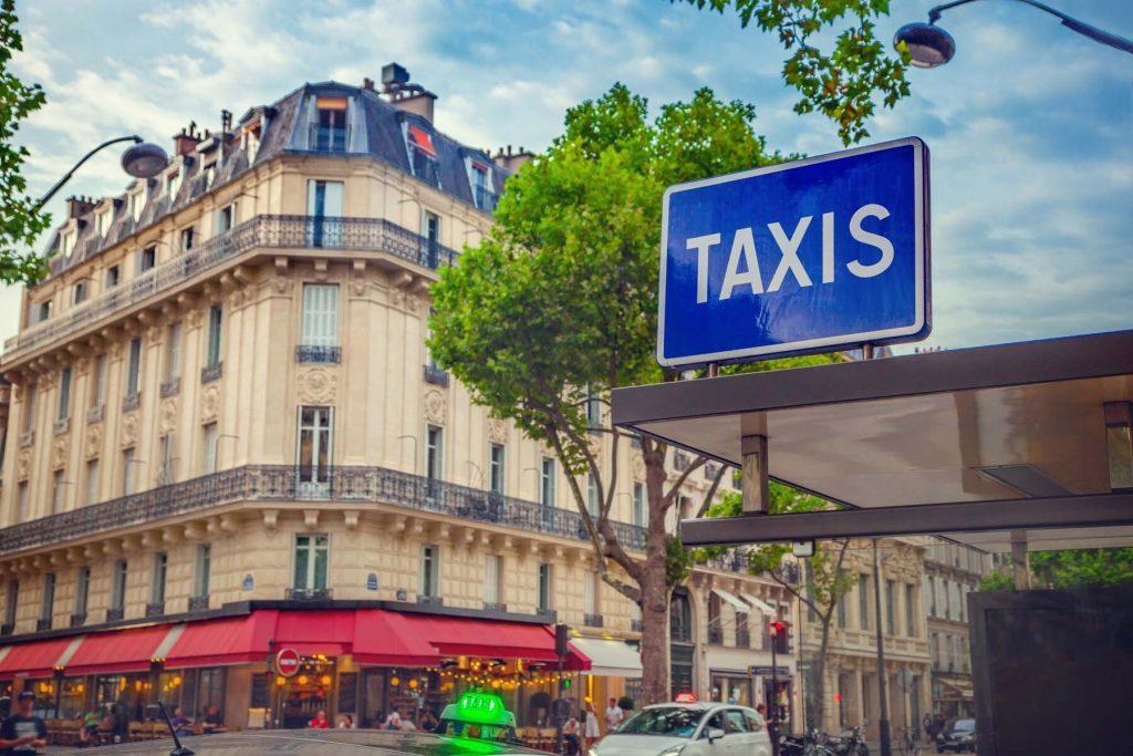 Taxi rank in Paris