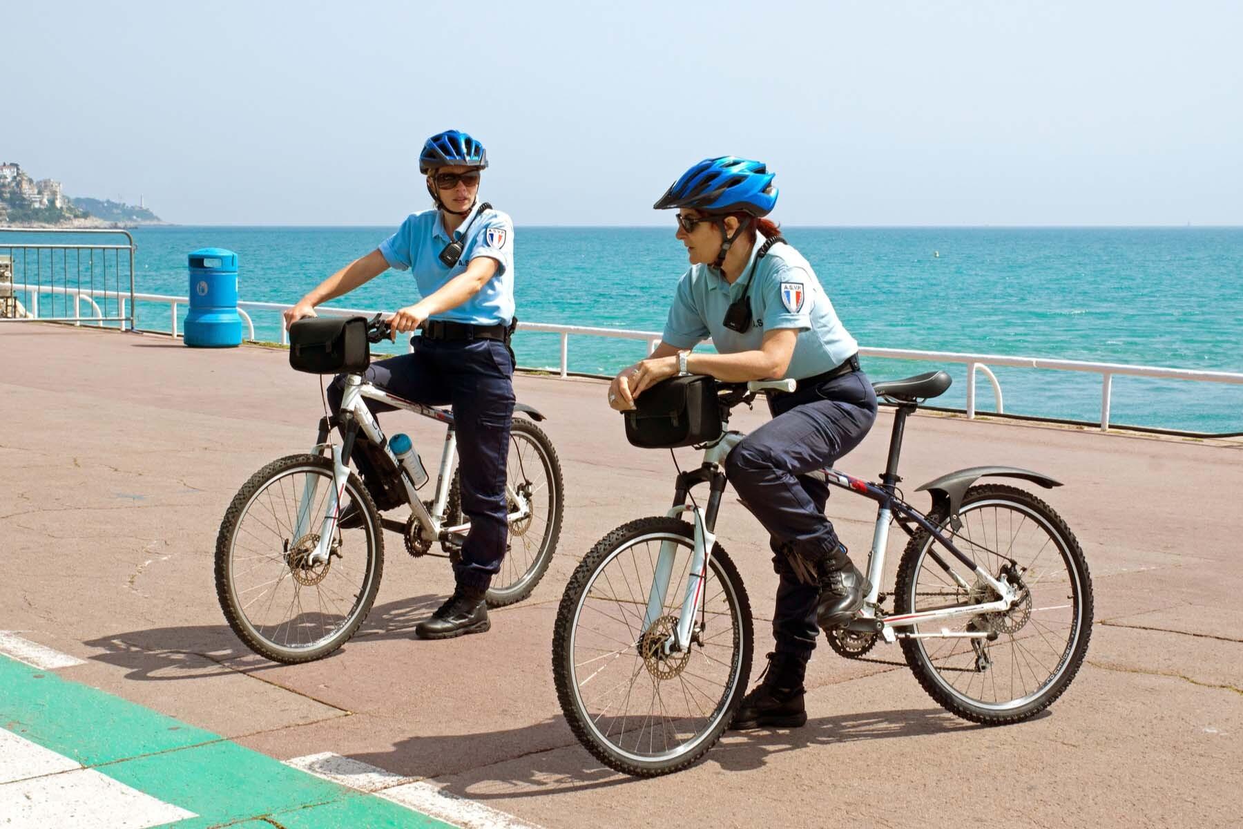 police officers france