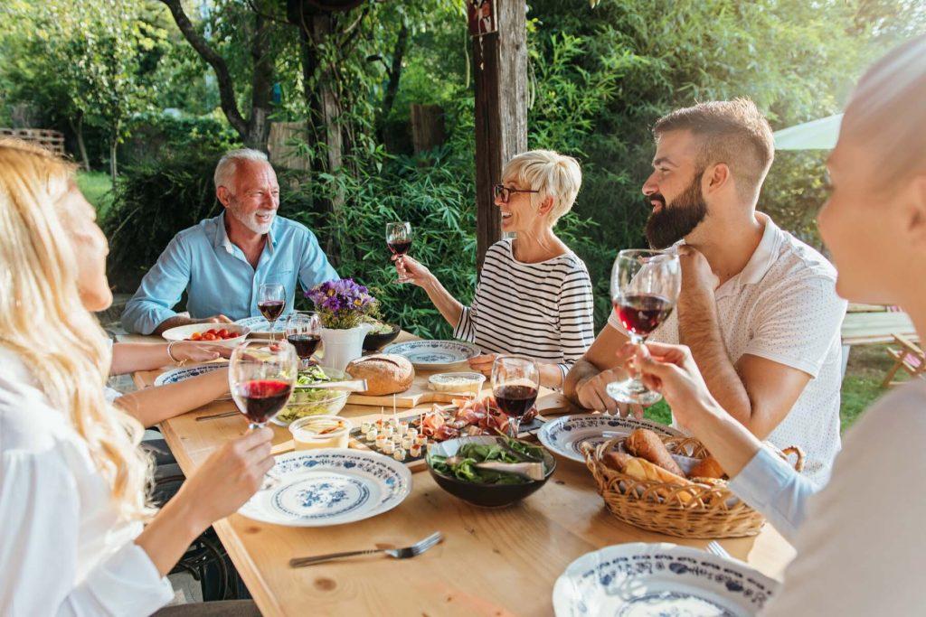 family dinner france