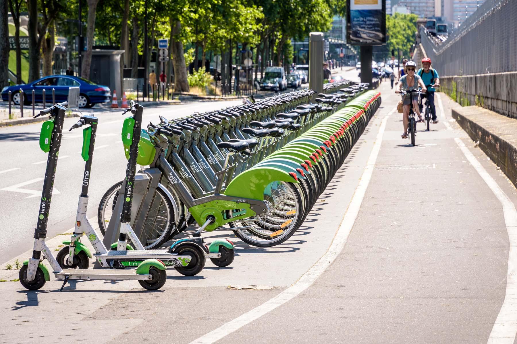 bikes in Paris