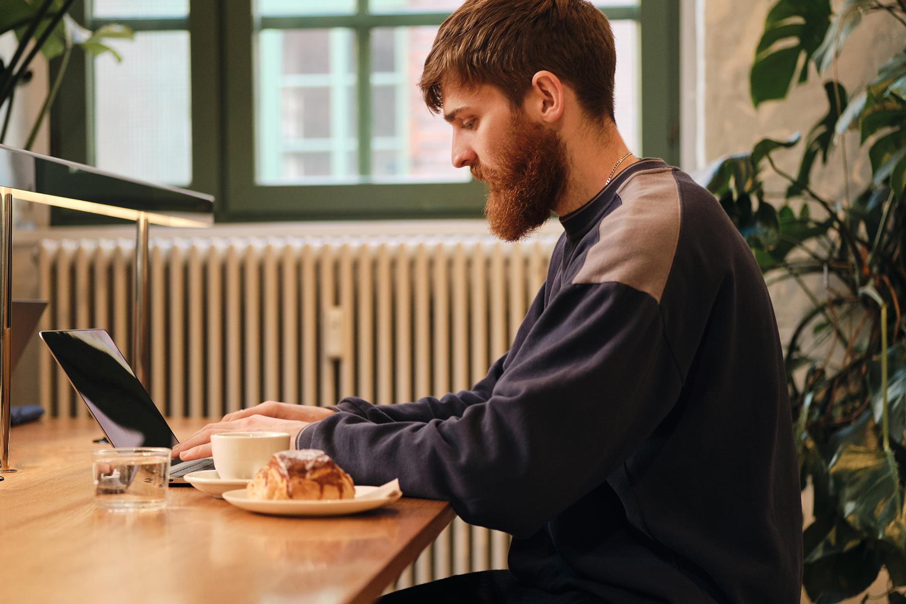 Man working in a café
