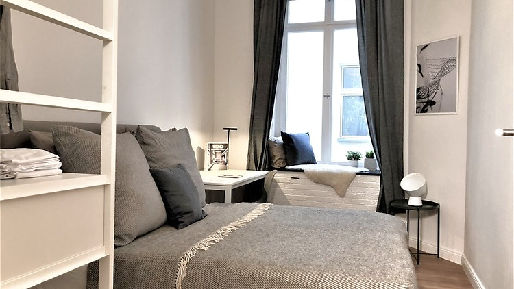 5 Room Apartment In Berlin - Kreuzberg, Furnished - Expat ...