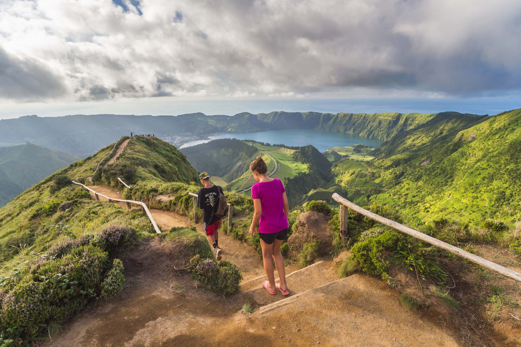 couple hiking in Sao Miguel island