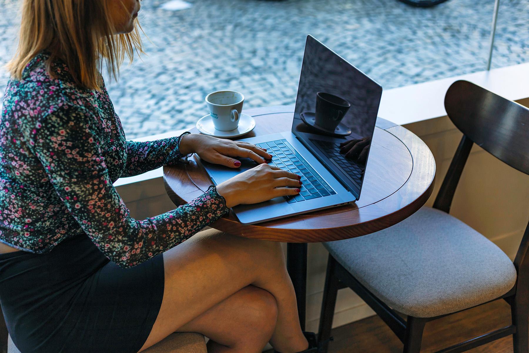 Freelancer working in a Lisbon café