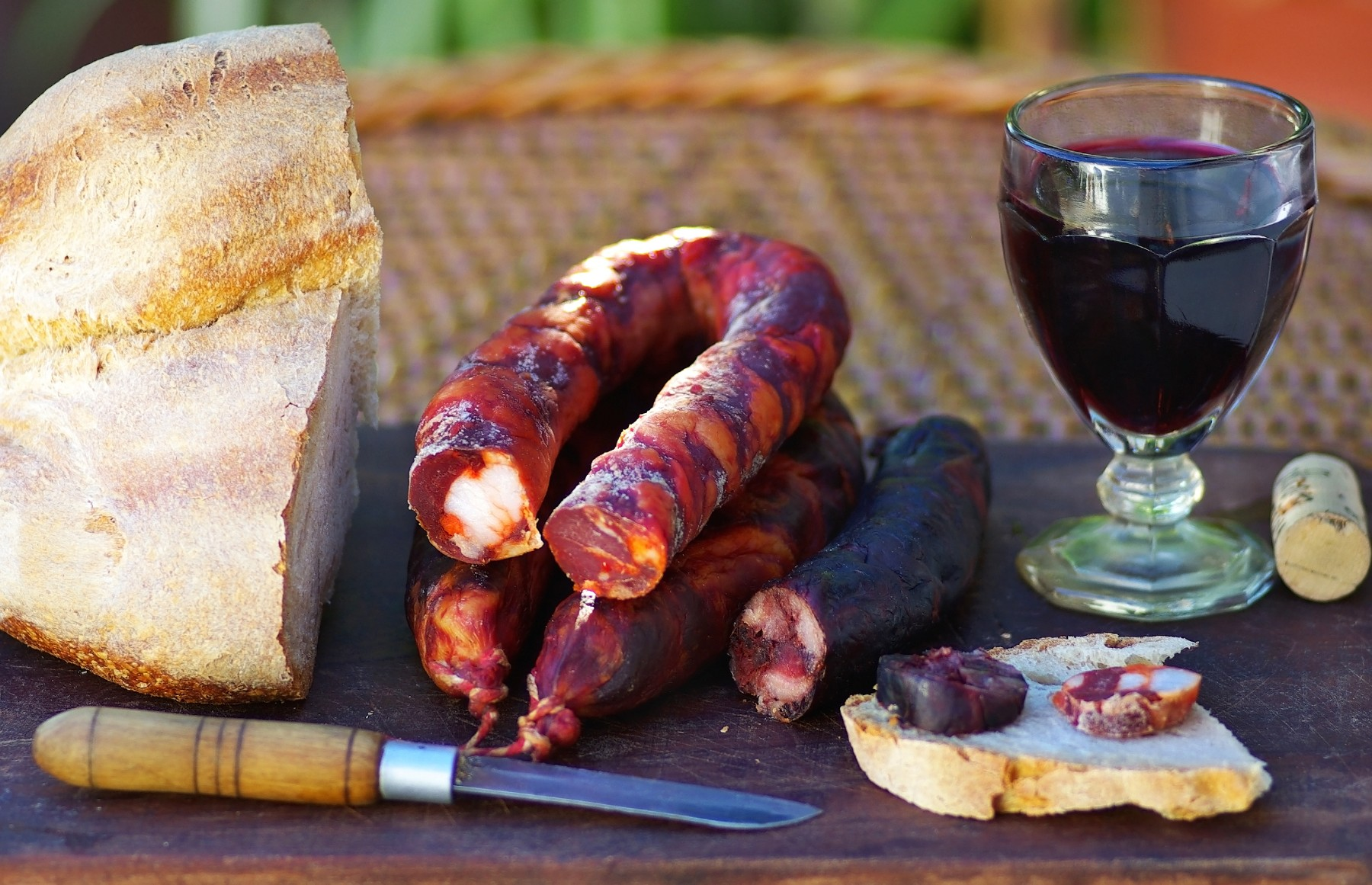 Portuguese cuisine, bread and meat in Portugal