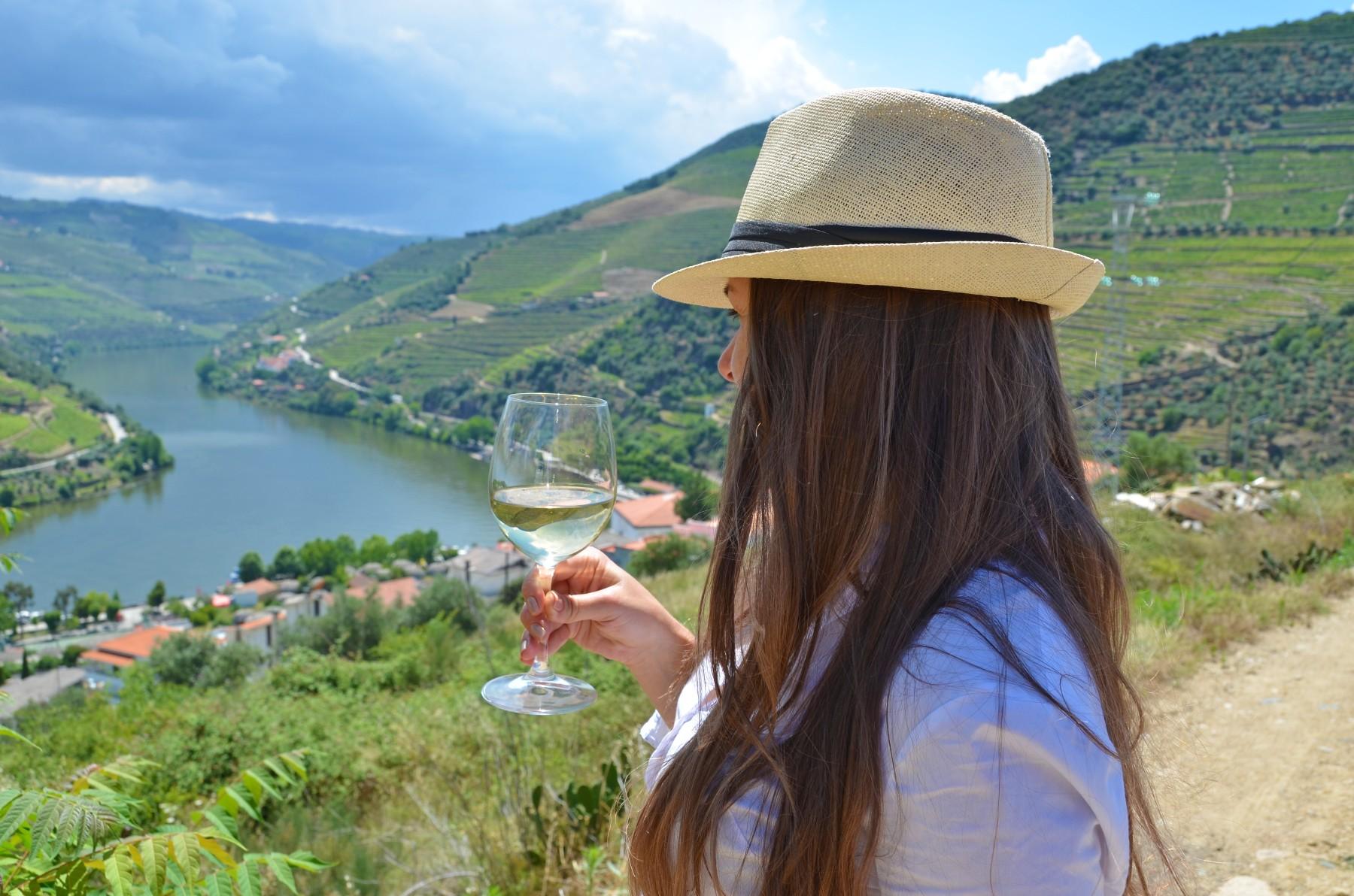 portuguese cuisine, Portugal wine vineyard