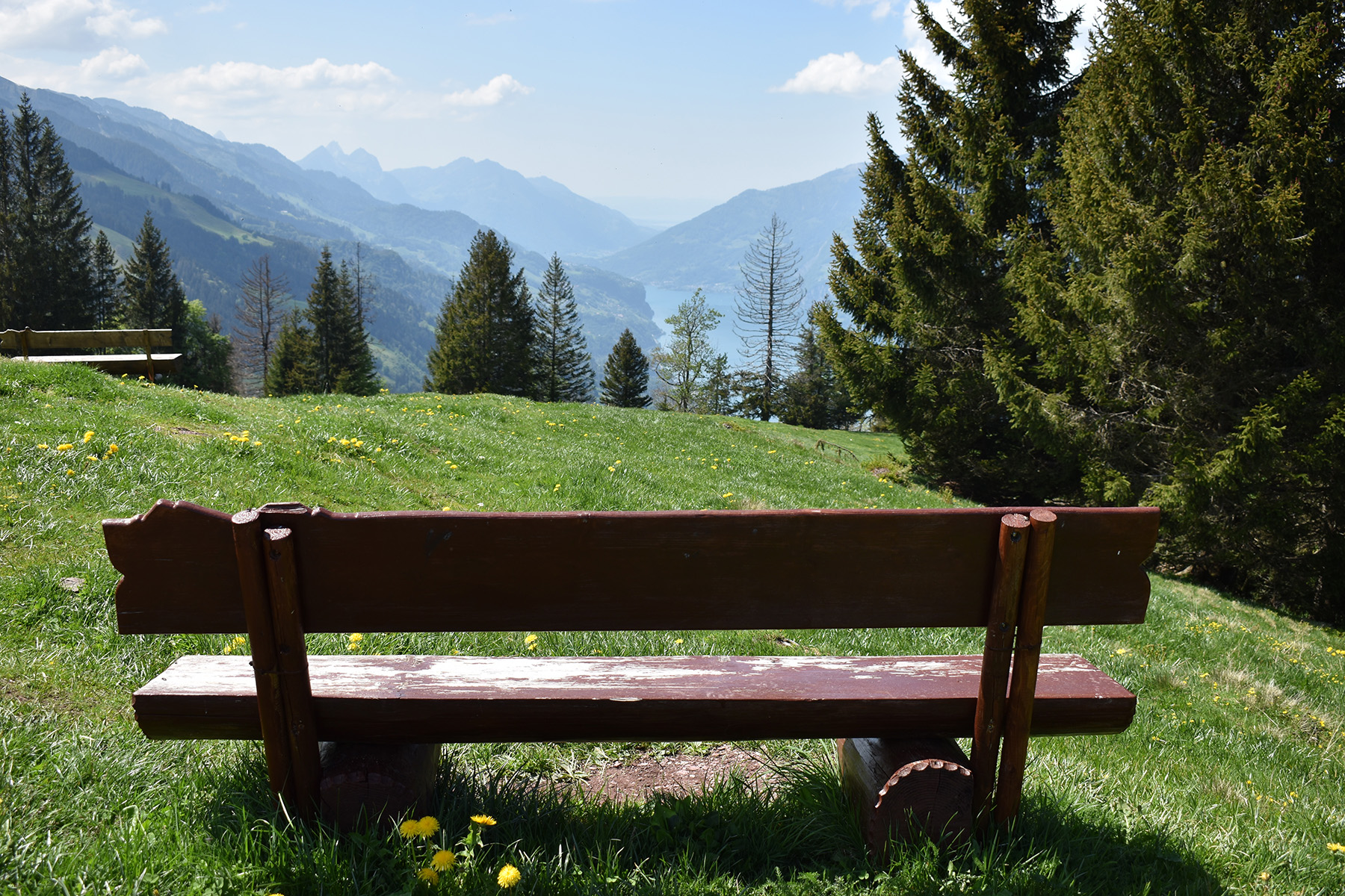 A park bench with a view in Flumserberg