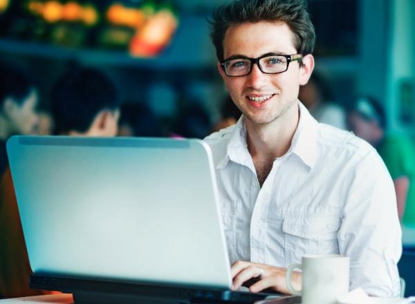 Expats hit the blogesphere
