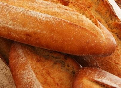 The Hausfrau: Exploring the neighborhood and buying bread