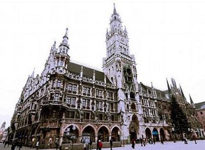 Rick Steves: Munich - a metropolis with small-town charm