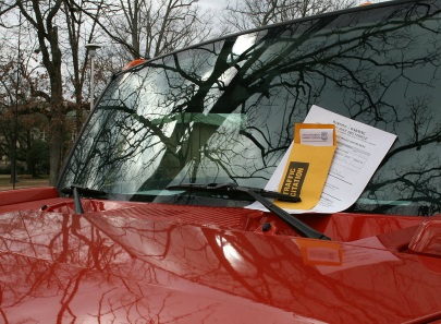Parking in Luxembourg: Parking disc rules and paying fines