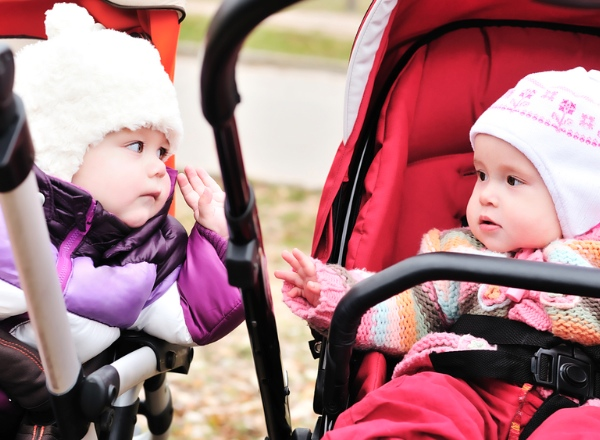 Life With a Double Buggy: What if my kids had been born in England?