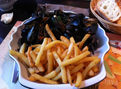 Bubble and Chic: Sushi in the land of moules-frites