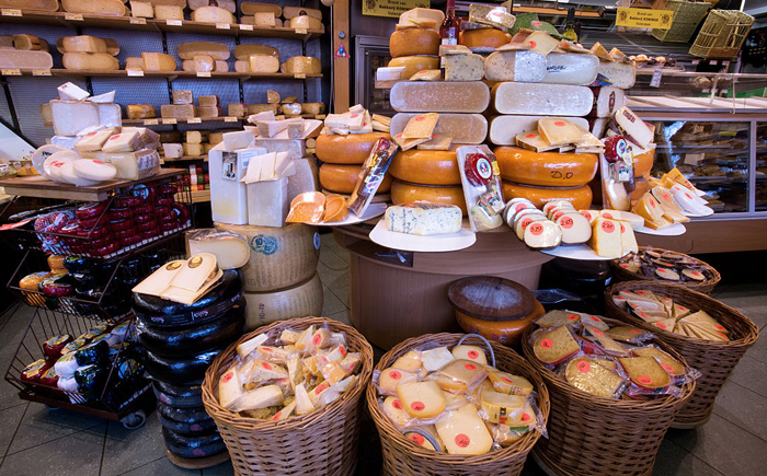 Top 10 things to do in Amsterdam: De Pijp cheese store