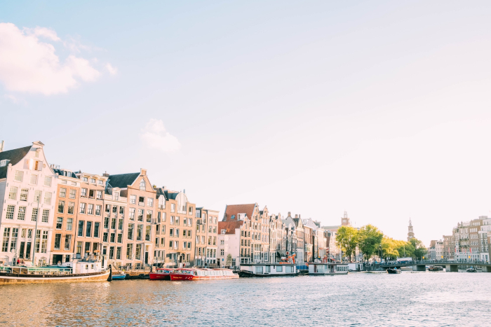 Peugeot Garage Amsterdam : Driving in amsterdam expat guide to the netherlands expatica