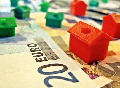 Top 5 tips for buying a house abroad