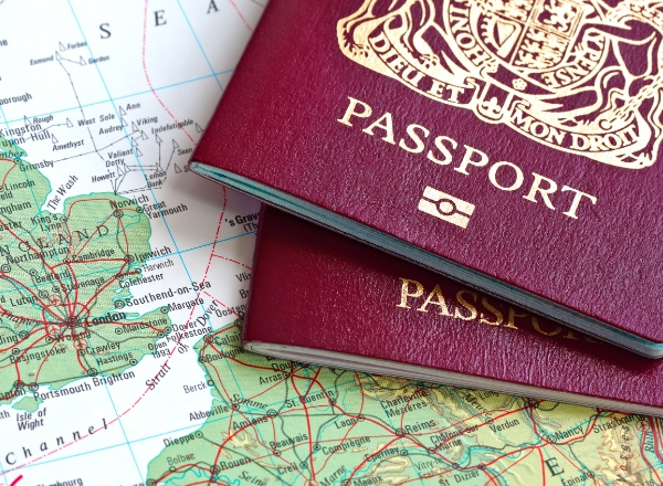 Moving to France: Guide to French visas and permits