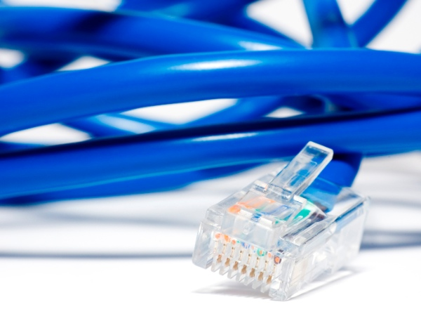 Connecting telephone, internet and TV in Germany