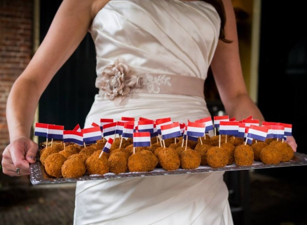 Bitterballenbruid: 15 things I never did until I lived in the Netherlands