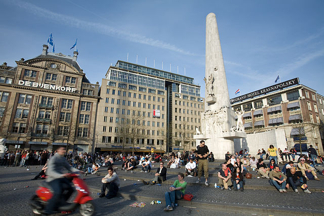 Top 10 things to do in Amsterdam: Royal Dam Square