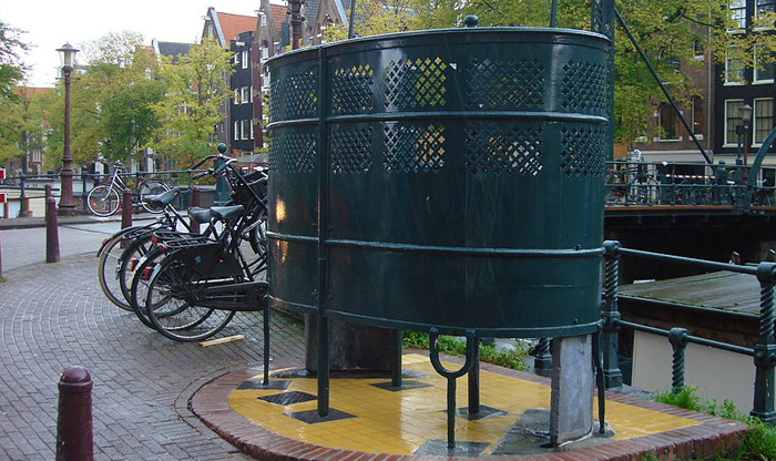 Everything you never wanted to know about Dutch toilets | Insider ...
