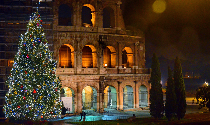 Rick Steves: Christmas trees and manger scenes in Europe - Colosseum