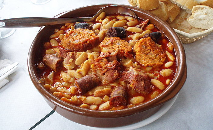 Top 10 Spanish foods – with recipes: Fabada asturiana