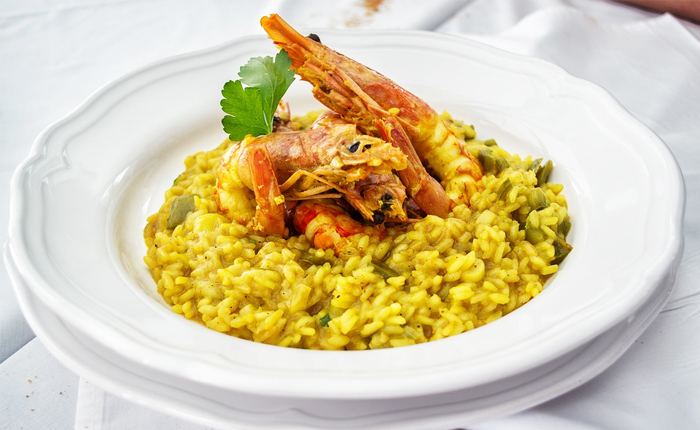 Top 10 Swiss foods – with recipes: Safron risotto