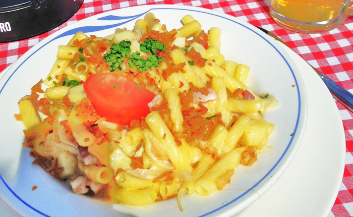 Top 10 Swiss foods – with recipes: Älplermagronen