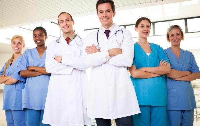 Guide on how to find a doctor abroad for expats