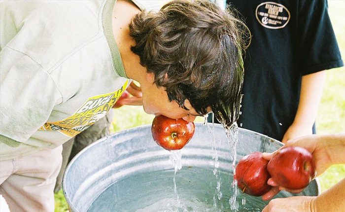 The truth about Halloween you didn't know: Bobbing for apples