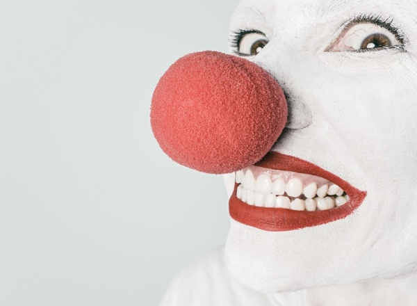 Bitterballenbruid: 20 amusing Dutch translations