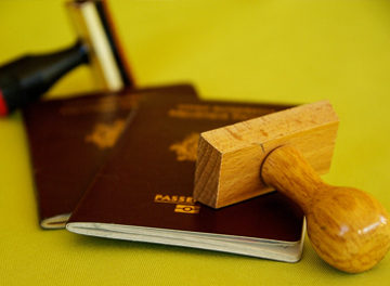 Contacting the Dutch Immigration and Naturalisation Service (IND)