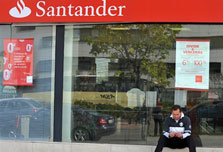 Santander launches offensive to rebuild trust